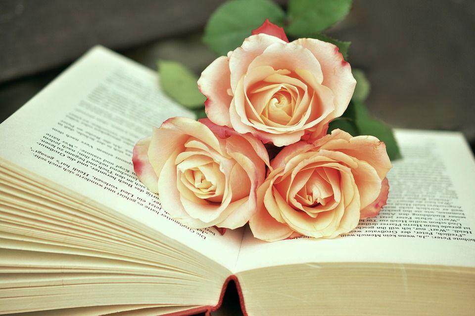 boeket van papieren rozen