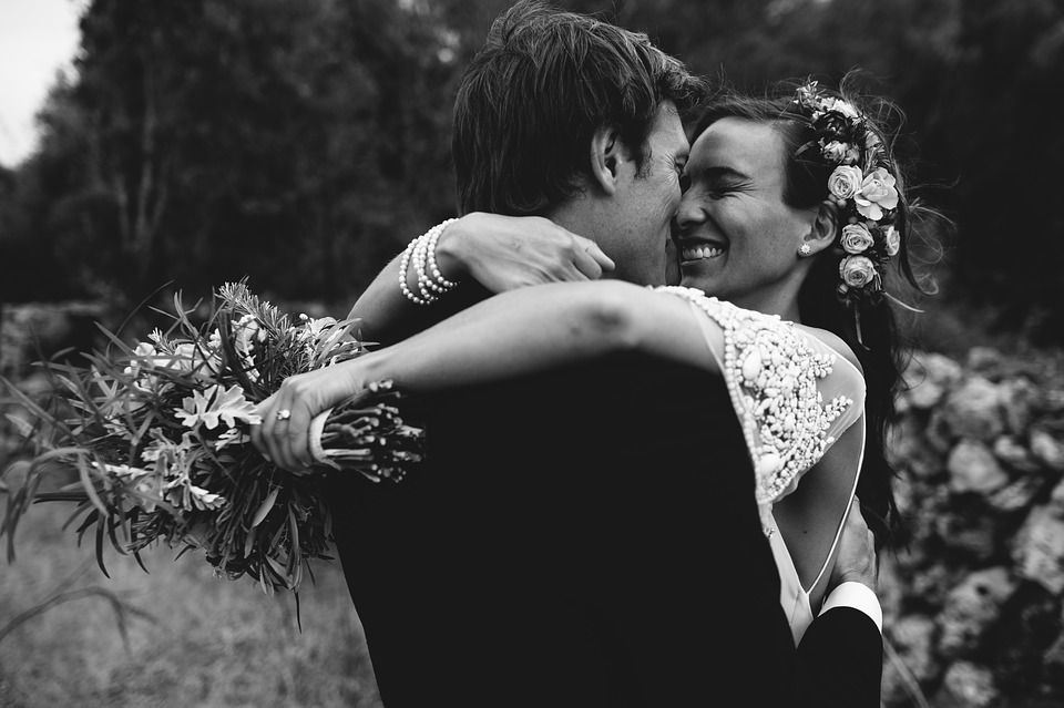 Hoeveel kost een bruiloft? Dit kost het gemiddeld om te trouwen