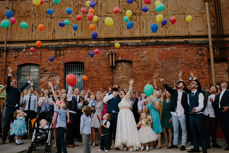 groepsfoto op je bruiloft
